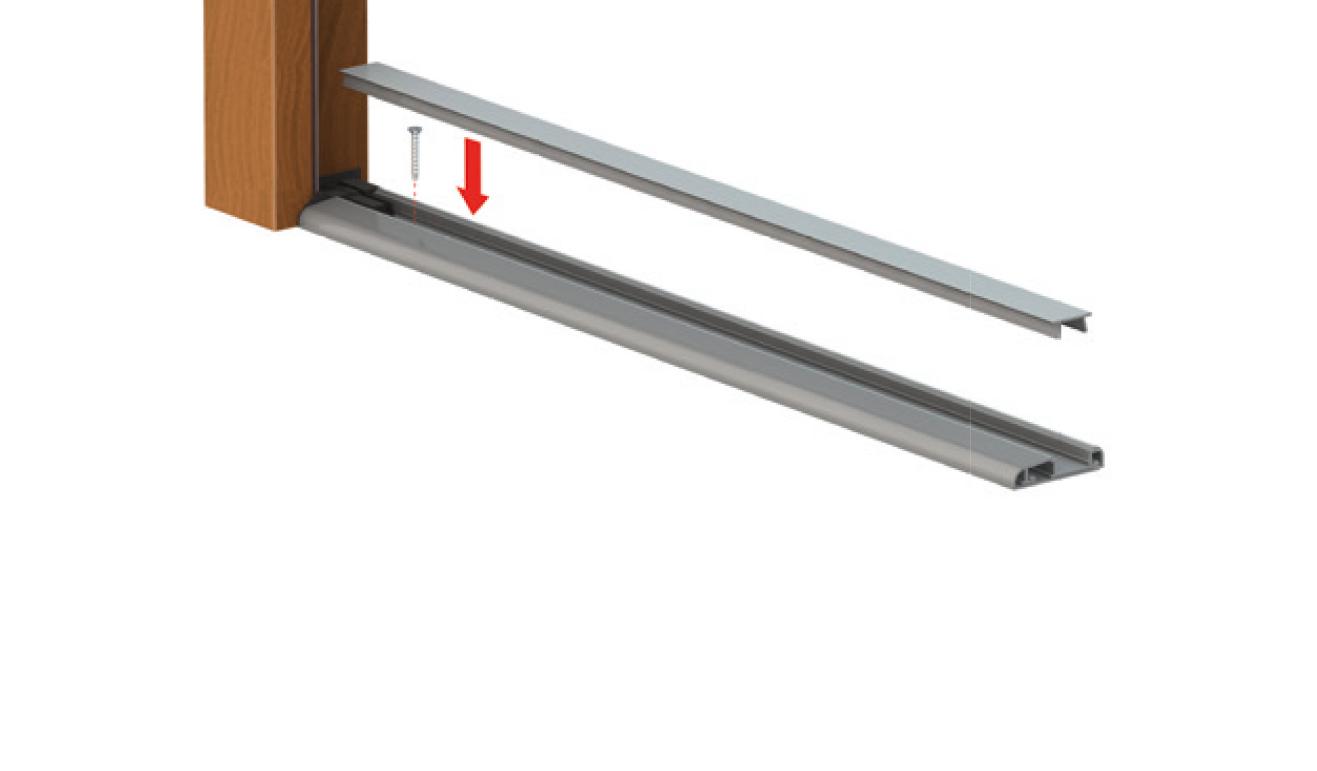 Sistema di fissaggio standard per il paraspifferi Serie Universal 1380