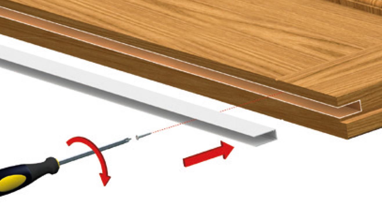 Sistema di fissaggio standard per il paraspifferi Serie No Sound 1703